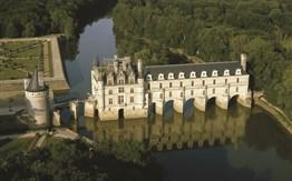 Paříž a zámky na Loiře -