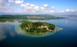 Bodamské jezero a květinový ostrov Mainau -